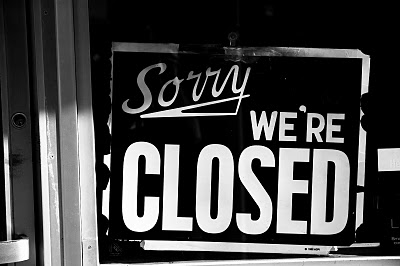closed+sign